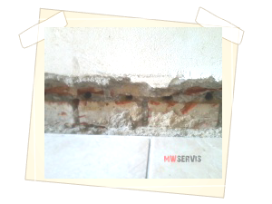 Navrtání ložných spár zdiva
